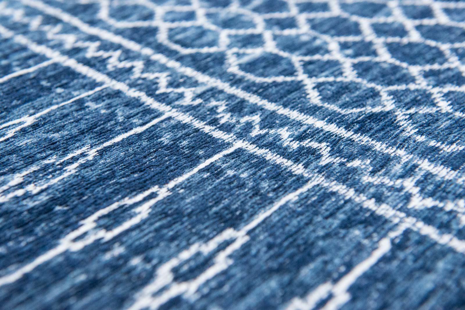 tapis Louis De Poortere LX8676 Scarab Blue zoom 2